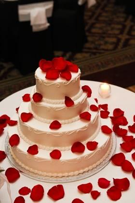 La Joconde Cakes Portland S Finest Wedding And Event Bakery